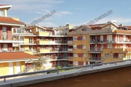 Eladó 3+2 szobás lakás Budapest