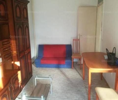 Eladó 1+1 szobás lakás Székesfehérvár