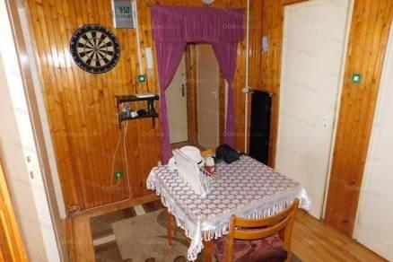 Kaposvári lakás eladó, 60 négyzetméteres, 1+2 szobás