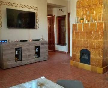 Eladó 4 szobás családi ház Poroszló