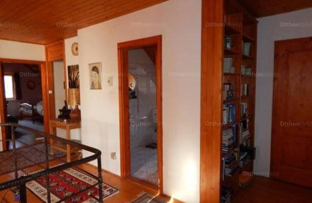 Eladó 4 szobás családi ház Szentbékkálla