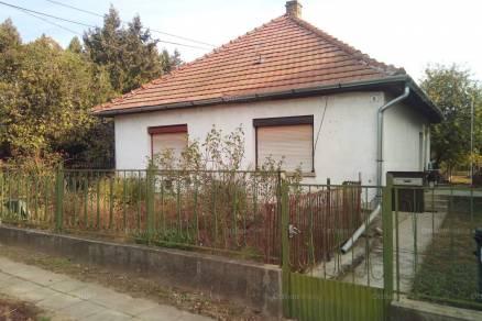 Kisfalud, Vörösmarty utca
