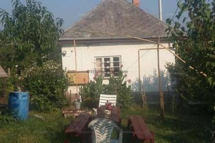 Budakeszi 2 szobás családi ház eladó
