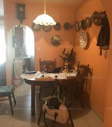 Budaörs 2+2 szobás lakás eladó a Nádasdűlő sétányon