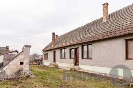 Dunaszentgyörgyi eladó családi ház, 3+1 szobás, 97 négyzetméteres