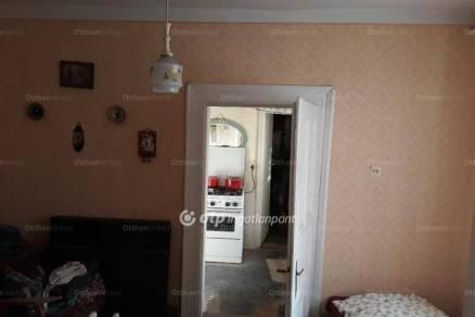 Ecsédi eladó családi ház, 1+1 szobás