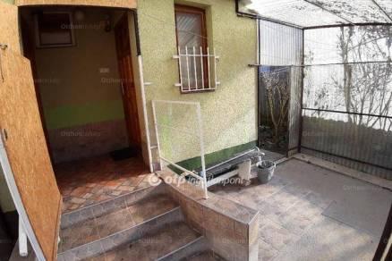 Eladó lakás Hatvan, 1 szobás