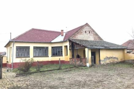 Eladó családi ház, Elek, 3 szobás