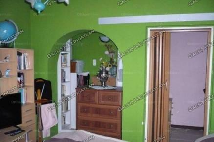 Családi ház eladó Ercsi, 61 négyzetméteres