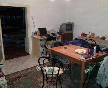 Eladó 2 szobás házrész Csongrád