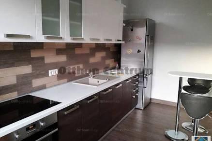Sárvári családi ház eladó, 205 négyzetméteres, 7 szobás