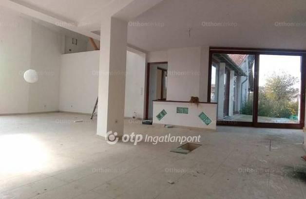 Eladó családi ház, Bugac, 4 szobás