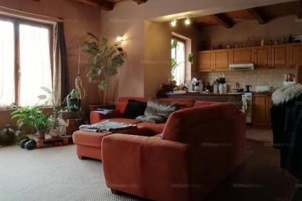 Kiskőrös családi ház eladó, 1+3 szobás