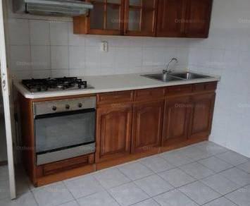 Debrecen kiadó családi ház