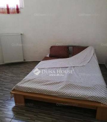 Eladó, Pécs, 1+1 szobás