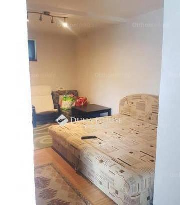 Pécs 2 szobás házrész eladó a Hársfa úton