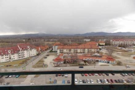 Eladó lakás Dunakeszi, 3 szobás