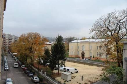 Eladó lakás, Budapest, Németvölgy, Győri út, 2+2 szobás