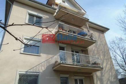 Eladó lakás Budapest, 3+1 szobás