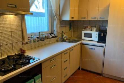 Debreceni családi ház eladó, 100 négyzetméteres, 3 szobás