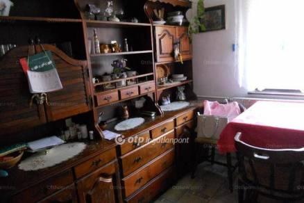 Eladó 5 szobás Szentdomonkos