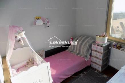 Eladó lakás, Székesfehérvár, 3 szobás