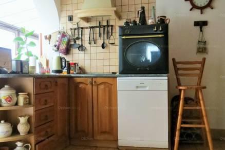 Eladó családi ház, Gyál a Bartók Béla utcában, 4 szobás
