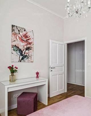 Budapest lakás eladó, 5+1 szobás
