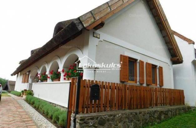 Eladó családi ház Szigliget, 3 szobás