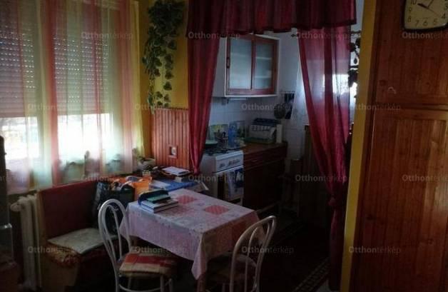 Dunaújváros 1+1 szobás lakás eladó