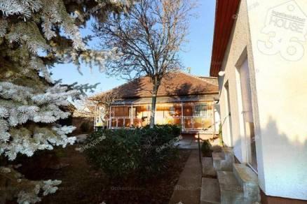 Családi ház eladó Budapest, 110 négyzetméteres
