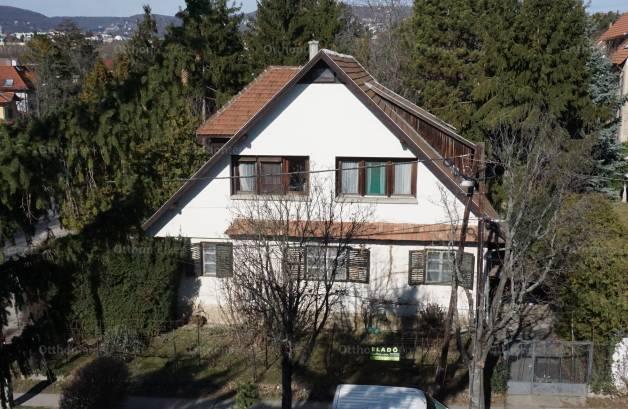 Eladó családi ház Sasadon, a Haraszt utcában 21., 7+2 szobás