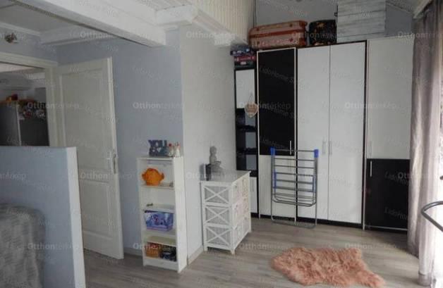 Lakás eladó Siófok, 90 négyzetméteres