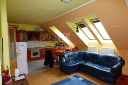 Monori lakás eladó, 66 négyzetméteres, 2+1 szobás