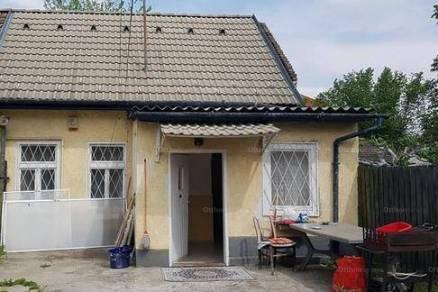 Eladó ikerház Pestújhelyen, 2 szobás