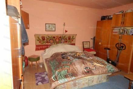 Eladó, Kaposvár, 1 szobás