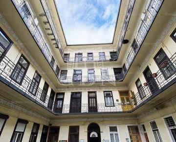 Budapesti lakás eladó, Erzsébetvárosban, Peterdy utca, 1 szobás