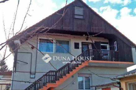 Nagykanizsa 5+1 szobás családi ház eladó a Teleki utcában