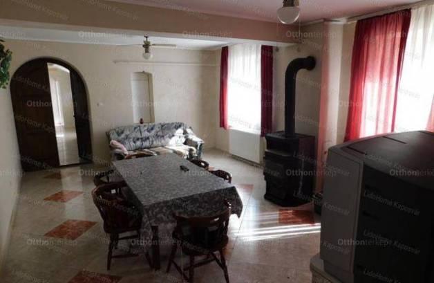 Eladó családi ház, Háromfa, 4 szobás