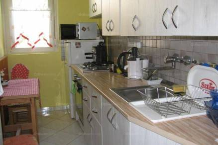 Nagykanizsai eladó lakás, 1+1 szobás, a Platán soron