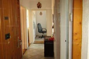 Szegedi lakás eladó, 59 négyzetméteres, 2+1 szobás