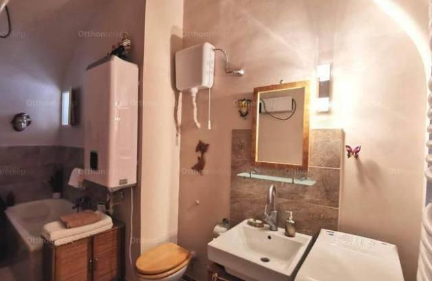 Eladó 2 szobás lakás Sopron