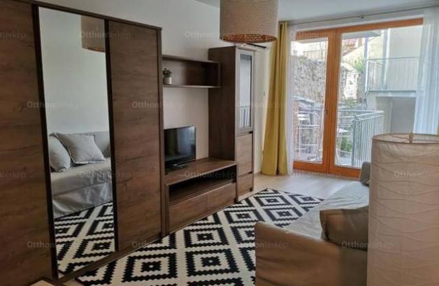 Kiadó 1 szobás lakás Pécs, új építésű
