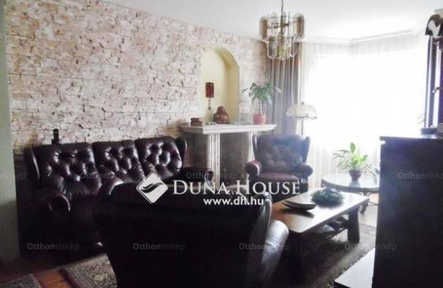 Eladó 4 szobás lakás Debrecen