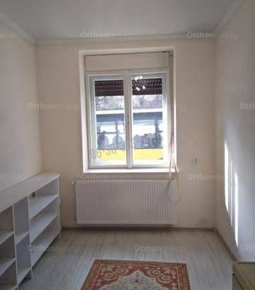 Egeri eladó családi ház, 3 szobás, 84 négyzetméteres