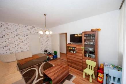 Nagykanizsai lakás eladó, 61 négyzetméteres, 2+1 szobás