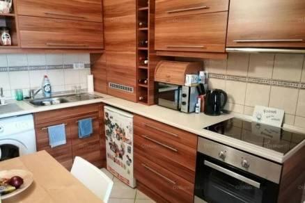 Siófoki lakás eladó, 40 négyzetméteres, 2 szobás