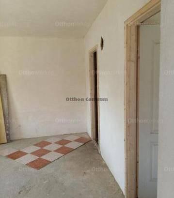Tápióság eladó családi ház