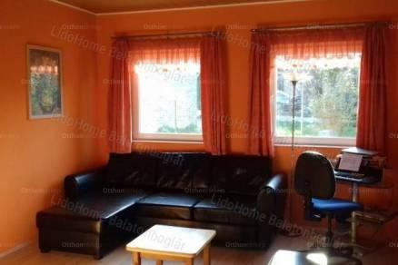 Balatonlelle 1 szobás családi ház eladó