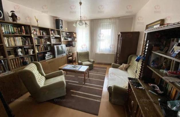 Nagykanizsai lakás eladó a Csengery úton, 59 négyzetméteres